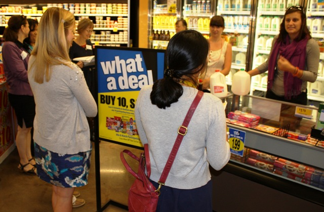 Hadley Standring conducts Shopping Matters Tour training at Canton Kroger